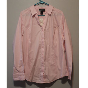 5 4 25 💜🌕Lane Bryant Pink Button Up Shirt Plus